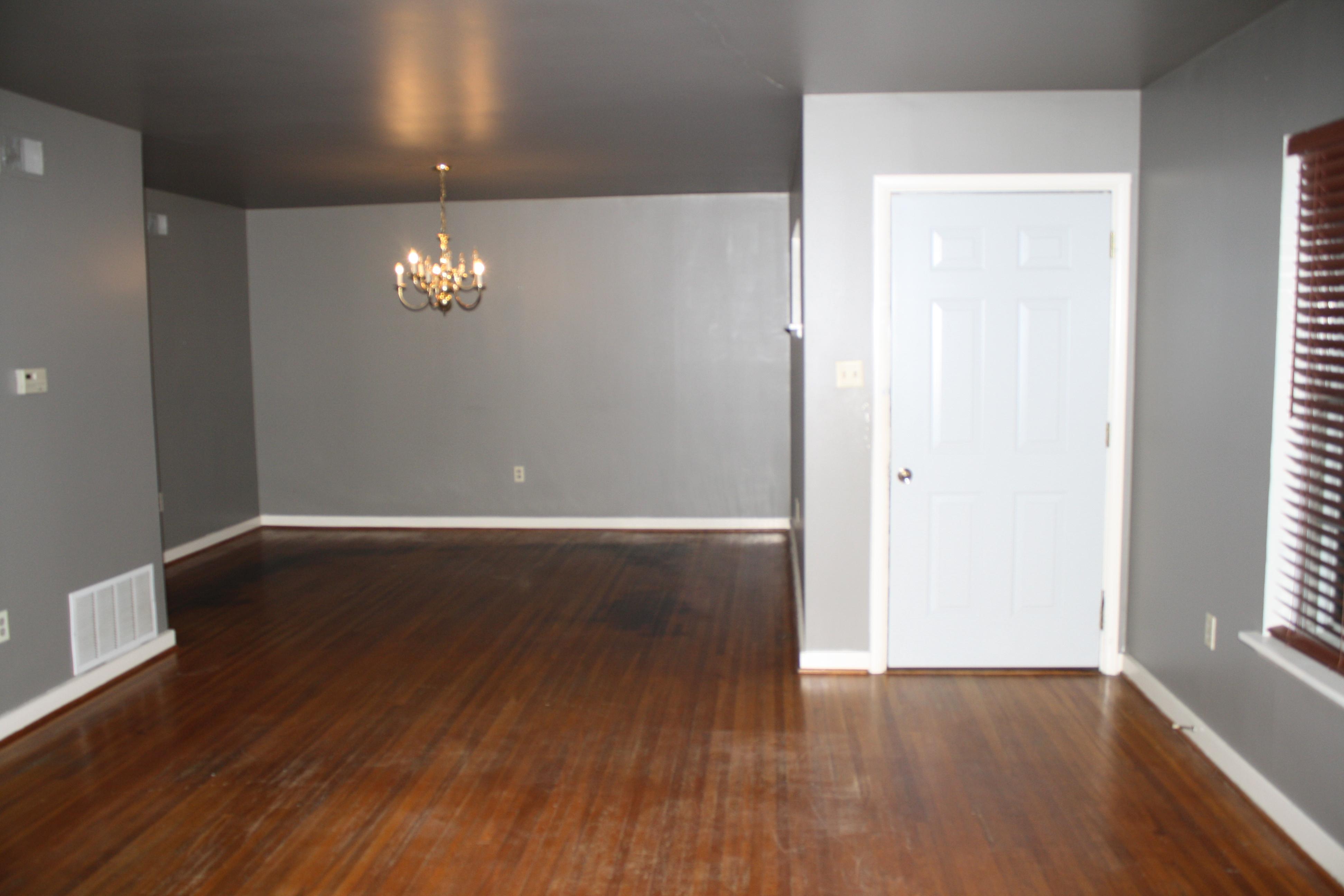 Big empty living room - Empty Living Room Wall