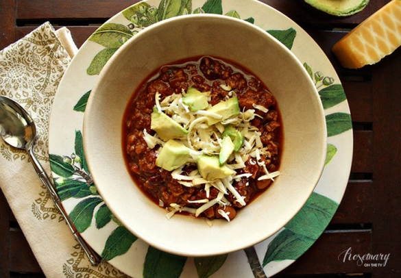 (Nearly) Fat-free Vegetarian Chili | Rosemary on the TV #recipes