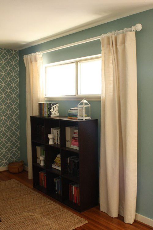 Donning Draperies | Rosemary on the TV #DIY #drapes #curtains