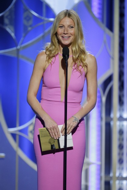 gwyneth-paltrow-golden-globes-2015-461379994-419x628